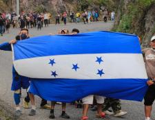 Más de 9 mil hondureños recorren el país en búsqueda de llegar a Estados Unidos. (Foto Prensa Libre: Elmer Vargas)