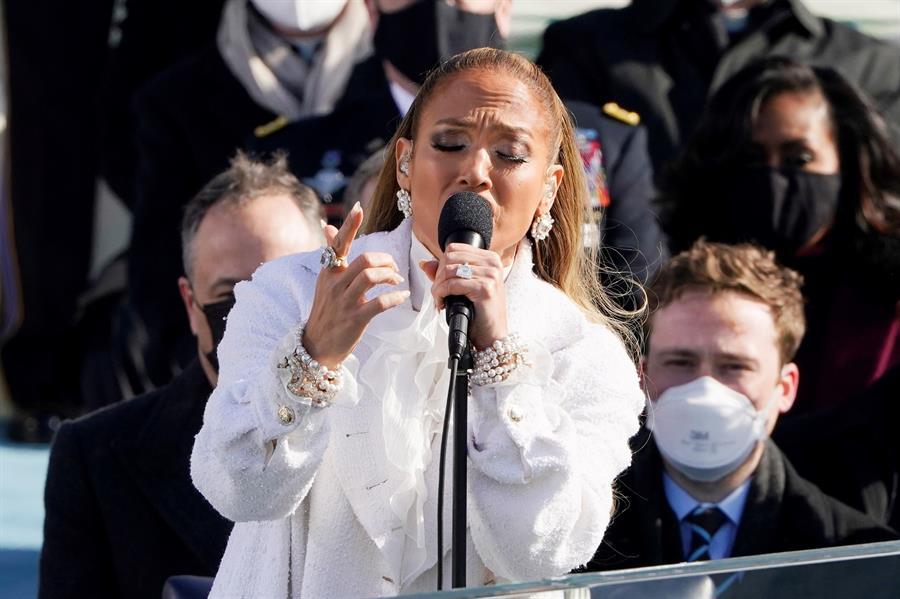 J-Lo: por qué la artista también hizo historia en la toma de posesión de Biden y Harris