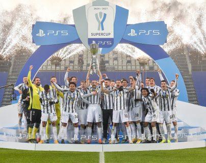 La Juventus de Turín se consagró en la Supercopa. (Foto Prensa Libre: Twitter Juventus)