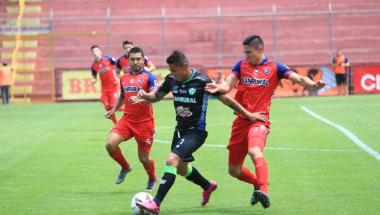 Municipal y Antigua GFC se volverán a ver las caras en instancias finales de la Liga Nacional. (Foto Prensa Libre: Hemeroteca)