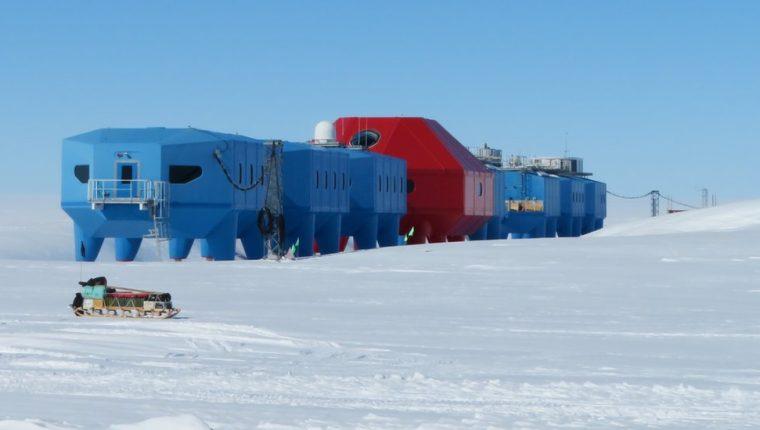 La estación Halley es conocida por sus investigaciones sobre la capa de ozono. (BAS/THOMAS BARNINGHAM)
