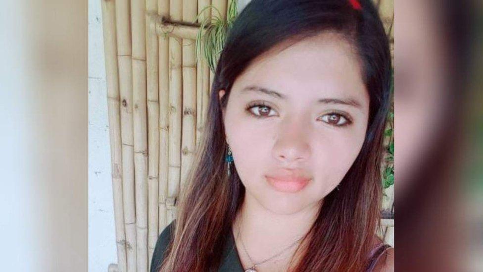 """Caso Keyla Martinez: la indignación en Honduras por la muerte de una estudiante de enfermería tras ser detenida """"por incumplimiento del toque de queda"""""""