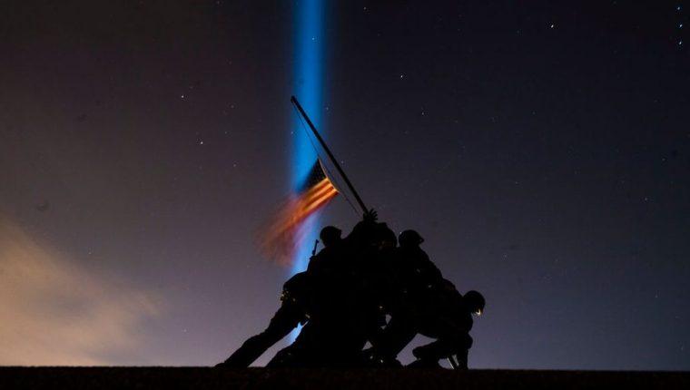 Las muertes por covid en EE.UU. en poco más de un año superan al número de estadounidenses muertos en las dos guerras mundiales y en la guerra de Vietnam juntas. (GETTY IMAGES)