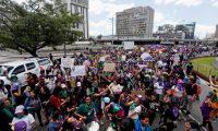 Mujeres han solicitado en diversas manifestaciones respuesta del Estado por los altos grados de criminalidad. Fotografía: Prensa Libre.