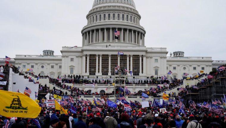 El plan estaría a manos de radicales que enero invadieron el Capitolio. (Foto Prensa Libre: EFE)