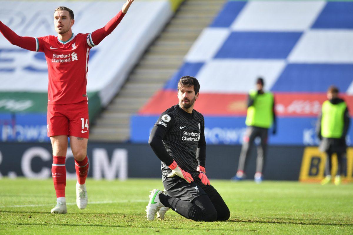 El Liverpool sigue su caída al perder en Leicester
