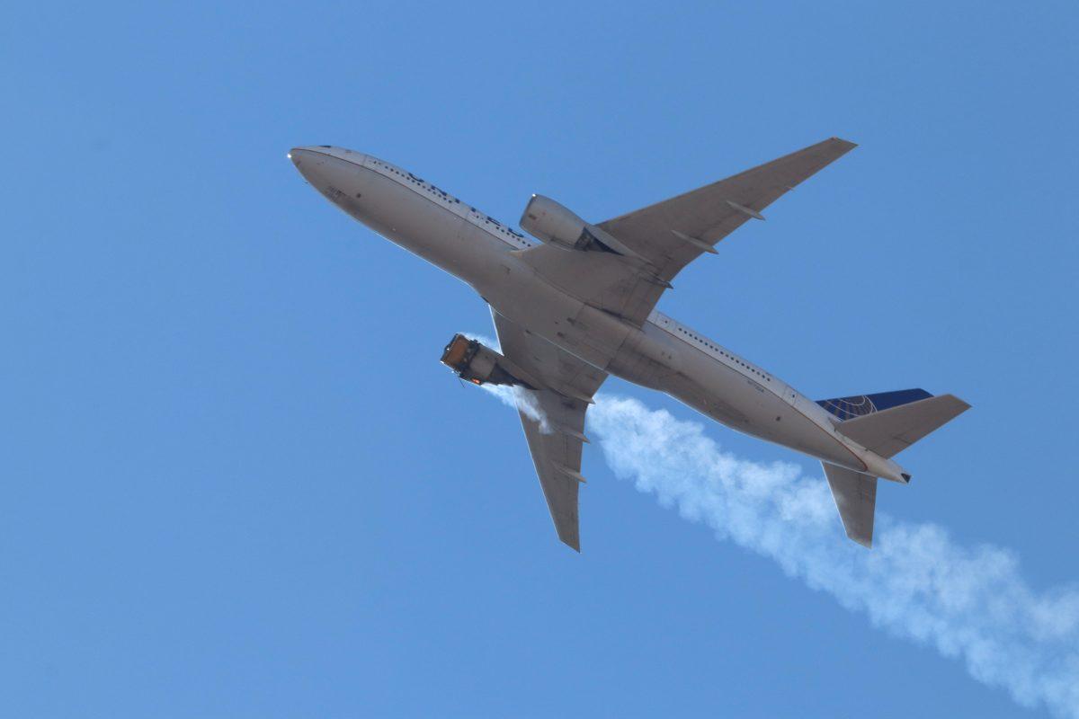 El incendio de motor de un avión Boeing 777 que obligó a la compañía a inmovilizar la flota de esas naves en el mundo