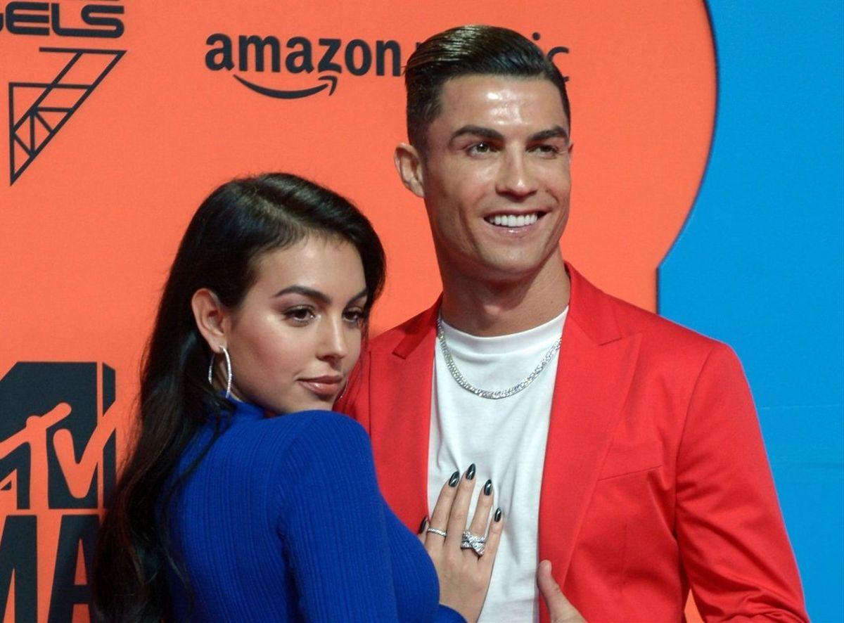 Cristiano Ronaldo festeja el récord de llegar al número uno en las redes sociales