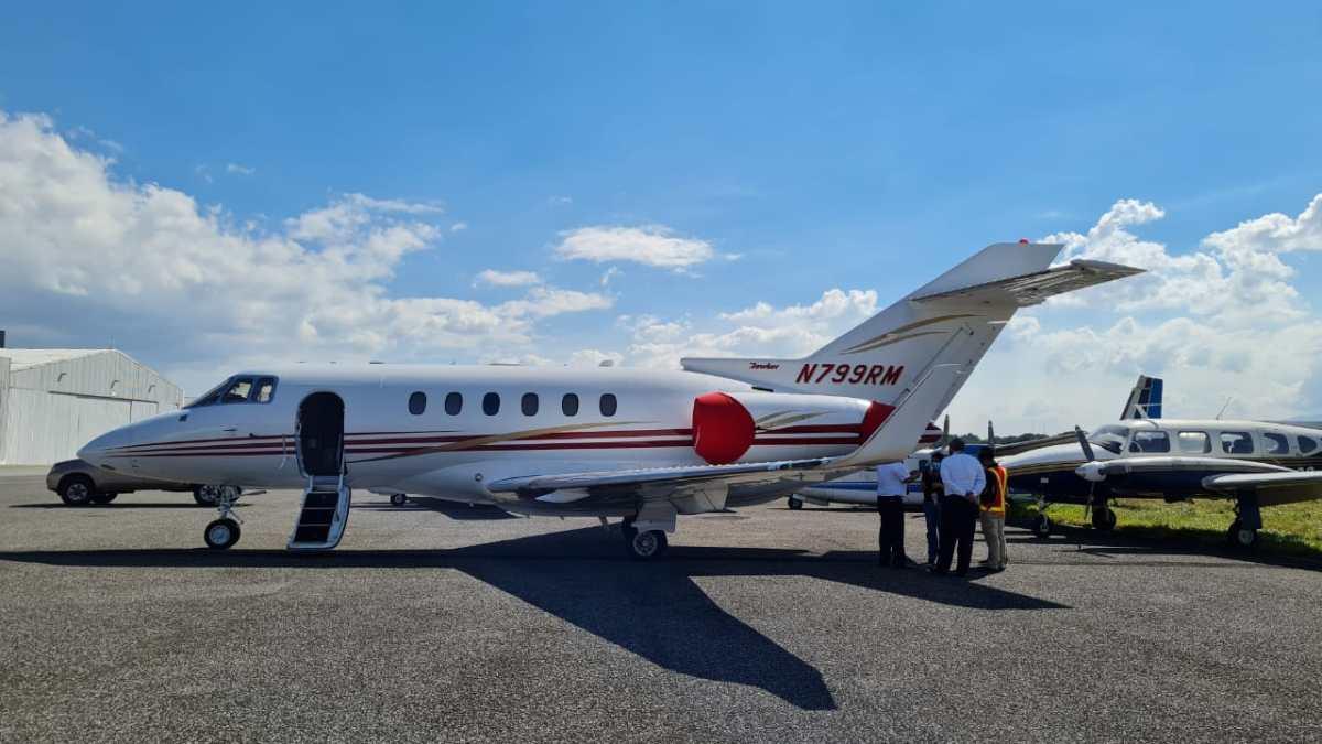 Embargan avión de la familia del expresidente de Panamá, Ricardo Martinelli, que fue incautado en el Aeropuerto La Aurora