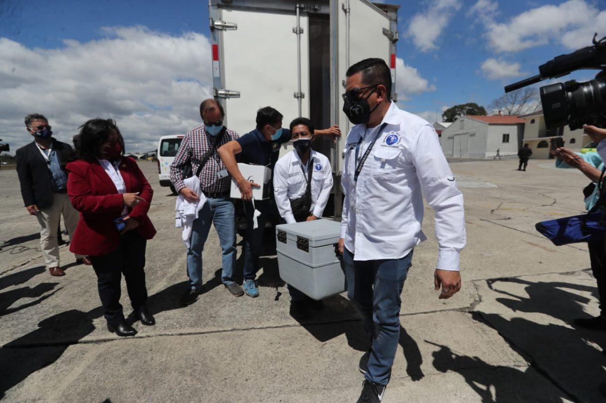 Mientras Guatemala recibe vacunas israelíes, Netanyahu detiene envíos por objeción del fiscal