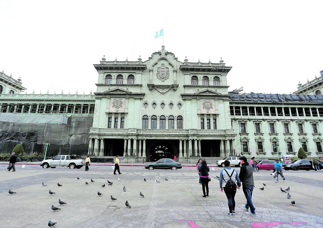 Allanan el Palacio Nacional por posible corrupción en el Ministerio de Cultura