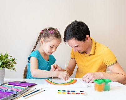 Mi hijo no irá a la preprimaria ¿cómo lo ayudo para que aprenda en la casa?