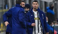 Juventus' Portuguese forward Cristiano Ronaldo (R) reacts after being substituted during the Italian Cup quarter final first leg football match beetween Inter Milan and Juventus Turin on February 2, 2021 at the San Siro stadium in Milan. (Photo by MIGUEL MEDINA / AFP)