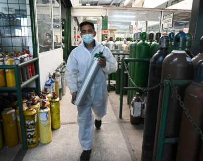 Empresa garantiza suministro de oxígeno en Guatemala, pero pide a la población que no acapare el producto