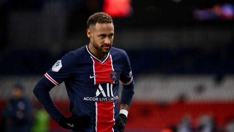 El brasileño Neymar no ha logrado tener continuidad como jugador del PSG, debido a las constantes lesiones. (Foto Prensa Libre: AFP).