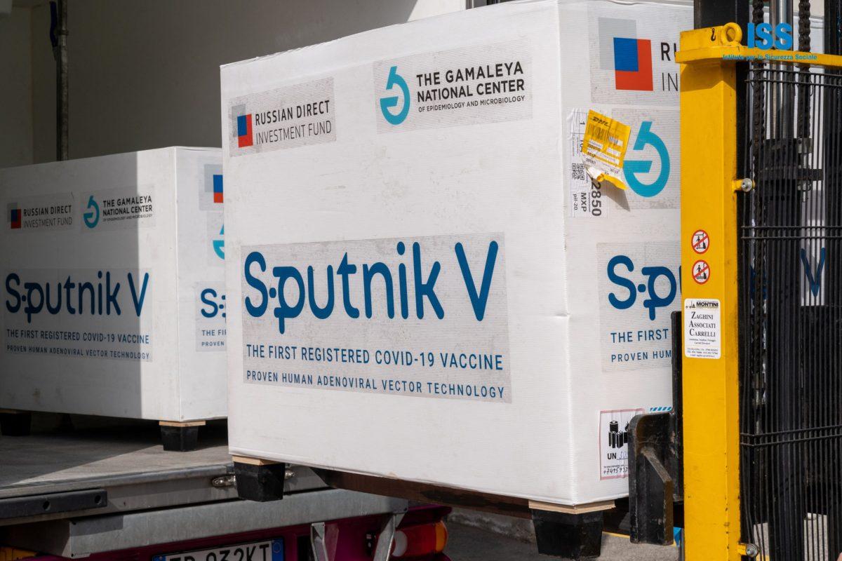 Salud afirma que tiene aseguradas 11 millones 900 mil vacunas contra el coronavirus de Sputnik, Pfizer y Johnson & Johnson