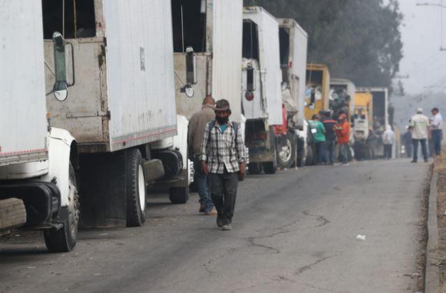 En imágenes: así es el retorno de camiones recolectores de basura al vertedero de Amsa
