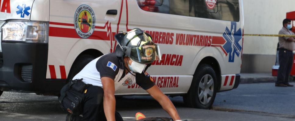 Capturan a presuntos sicarios luego de ataque armado que dejó un muerto y un herido en la zona 1 de la capital