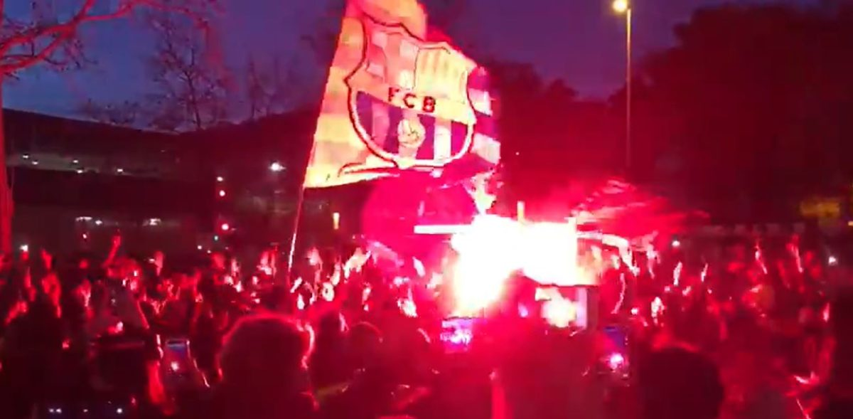 ¡Locura en Barcelona! Cientos de aficionados hacen fiesta cerca del Camp Nou previo al duelo contra el PSG