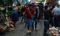 Los guatemaltecos tienen la talla más baja de los habitantes del mundo, así lo evidencia un análisis realizado entre población de 193 países. (Foto Prensa Libre: Esbin García)