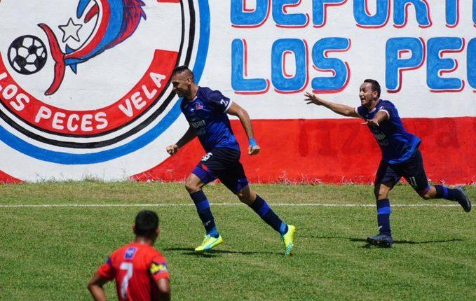 Lauro Cazal convirtió el gol de Malacateco en el empate en el estadio El Morón contra Iztapa. Foto AndrésNadf