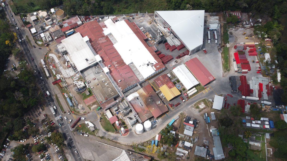 Coca-Cola invierte US$60 millones para ampliar planta en Retalhuleu