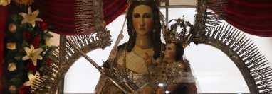 La celebración de la Virgen de Candelaria, en Chiantla, Huehuetenango, fue atípica este año a causa de la pandemia de coronavirus. (Foto Prensa Libre: Mike Castillo)