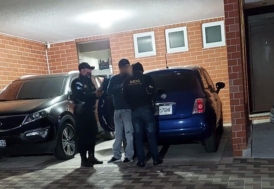 Libramiento de Chimaltenango: giran segunda orden de captura contra exministro Luis Benito