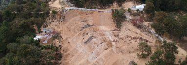 Vista aérea del área donde según el MEM se explotó mineral ilegalmente, en la aldea El Pato, Chiquimula. (Foto Prensa Libre: Carlos Hernández)
