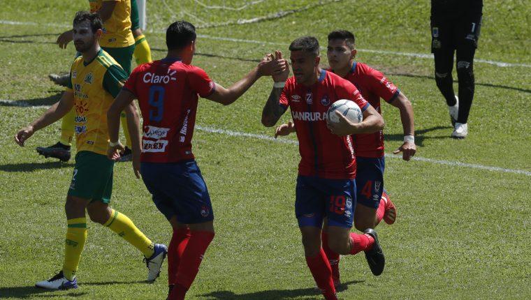 El último gol que marco Ramiro Rocca con Municipal fue en la final de ida ante Guastatoya. Aquel día perdieron 2-1. Foto Prensa Libre: Esbin García.         Fotograf'a  Esbin Garcia 04-02-21