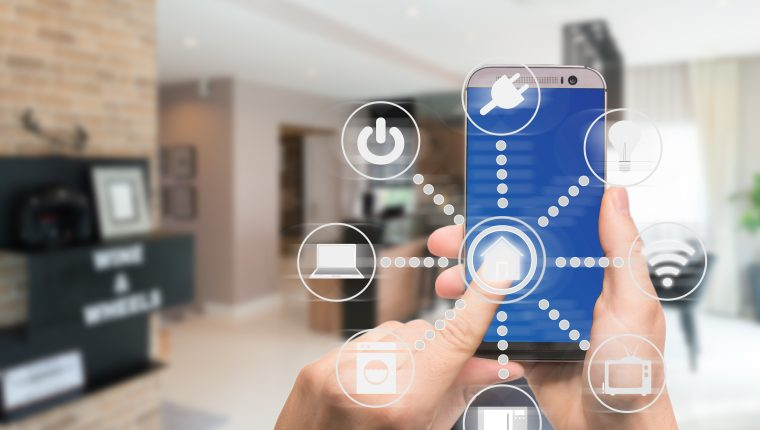 Los hogares inteligentes dan la oportunidad de manejar electrodomésticos de manera remota.