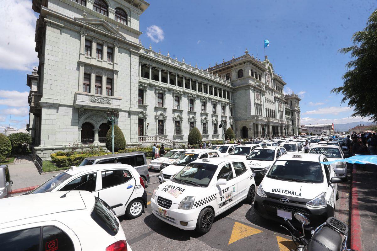 Gobierno aplaza otra vez la fecha para la contratación del seguro obligatorio para el transporte colectivo urbano de pasajeros y de carga