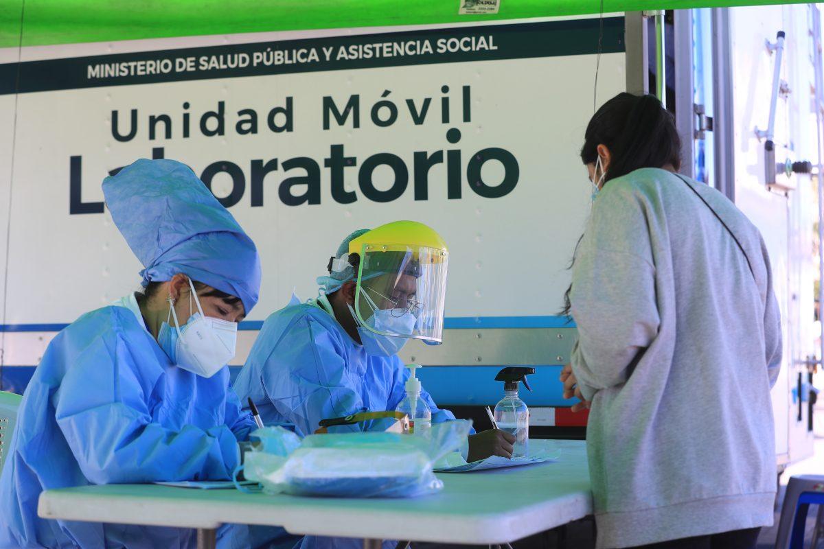 En 295 municipios se realizan pocas pruebas de coronavirus
