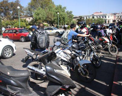 PMTQ va tras motoristas infractores en Xela y en un día impone 52 multas