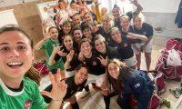 Las jugadores de la Roma CF, donde milita Ana Lucía Martínez festejaron el triunfo de este domingo. (Foto Roma CF).