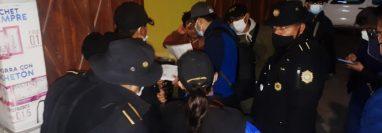 El Ministerio Público ejecutó al menos tres allanamientos en San Pedro Sacatepéquez, San Marcos, y en la cabecera departamental por la denuncia de acoso y amenazas contra una niña. (Foto Prensa Libre: MP)