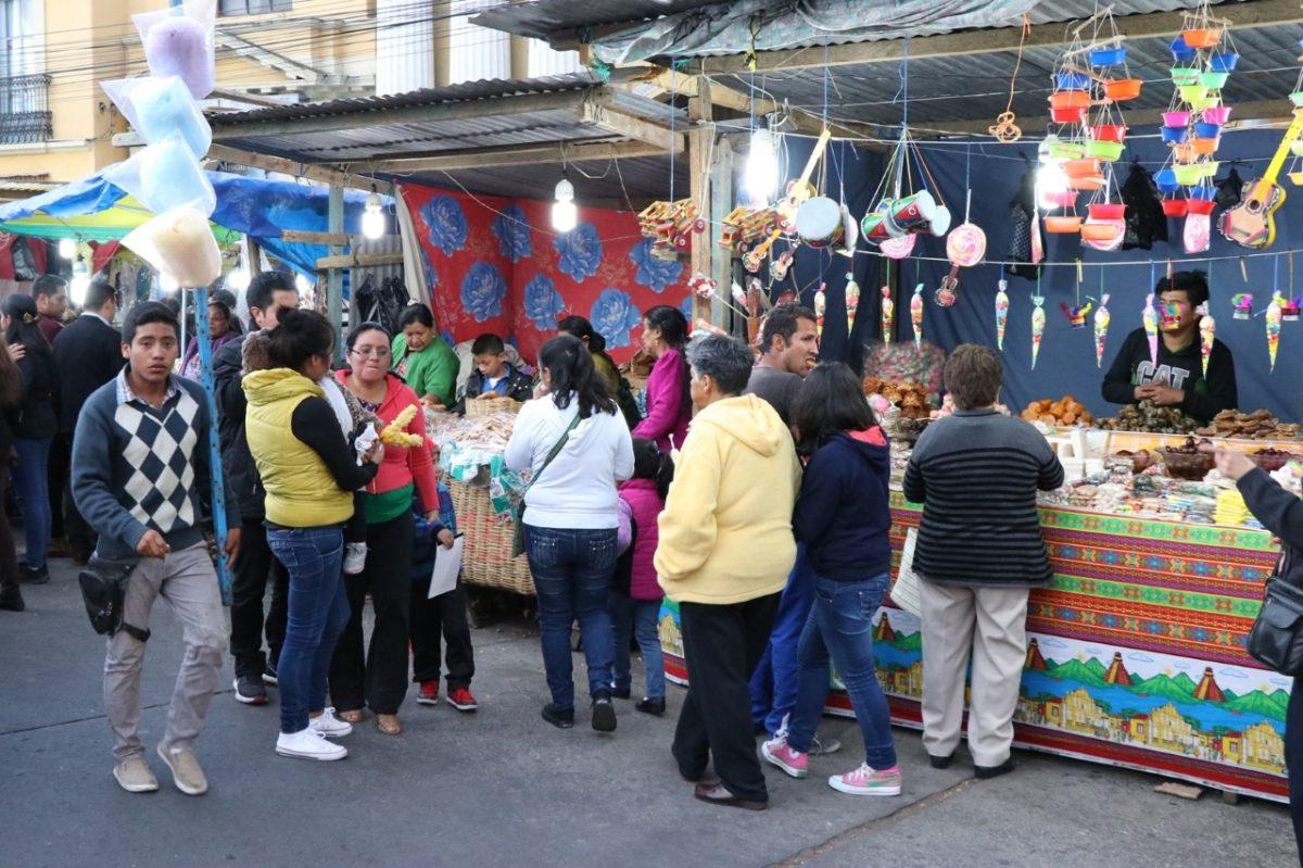 """""""No hay forma de prevenir contagios"""": Quetzaltenango cancela las seis ferias cantonales de Cuaresma por covid-19"""