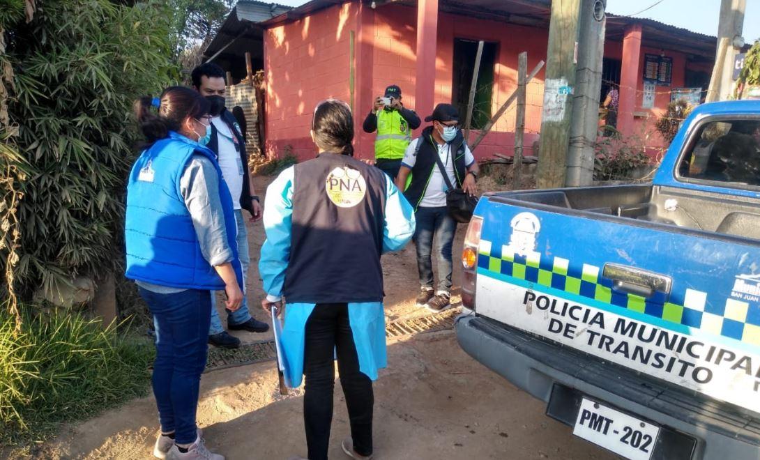 Autoridades rescatan a niña de 9 años que habría sido atada y golpeada en su casa