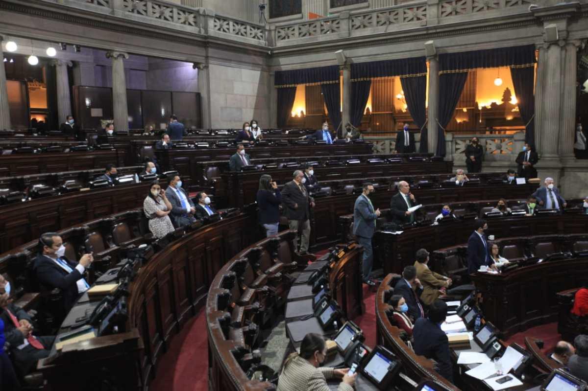 Congreso demora más de dos horas para votar por uno de los 270 aspirantes a magistrado de Apelaciones