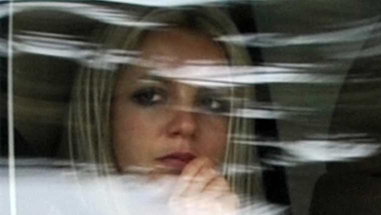 """El documental """"Framing Britney Spears"""" sugiere que la que fuera la superestrella del pop mundial fue manipulada y llevada a la ruina emocional por un entorno mediático insaciable. (Foto Prensa Libre: EFE)"""