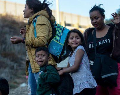 """""""Tiene un trasfondo político"""": denuncian expulsión de recién nacidos estadounidenses a México"""