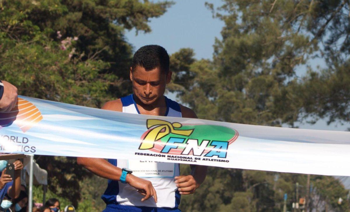 Érick Barrondo conquista la prueba de 35 km en el Campeonato Nacional 2021