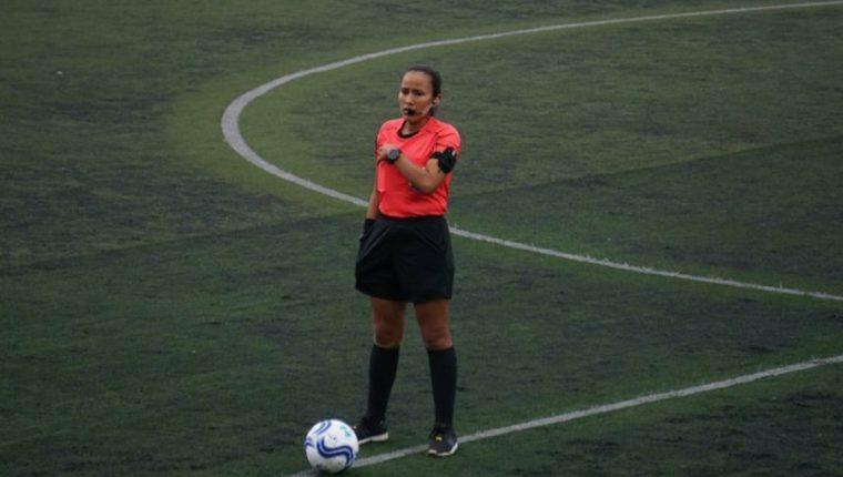 Astrid Gramajo será el árbitro central del partido entre Guastatoya y Achuapa. (Foto Redes).