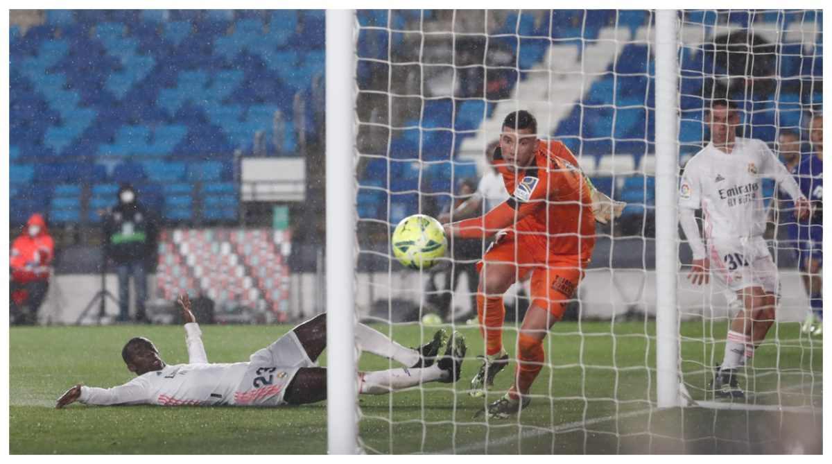 El Real Madrid le gana al Getafe 2-0 y le mete presión al Atlético de Madrid