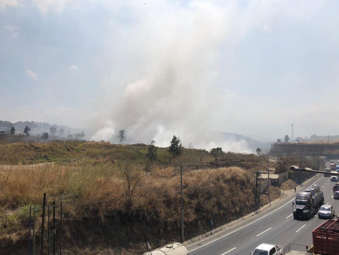 Pacientes con coronavirus del Hospital de Villa Nueva empeoran debido al humo generado por incendio en Amsa