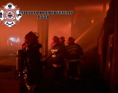 Incendio en fábrica de camas de Xela deja pérdidas por más de Q1 millón