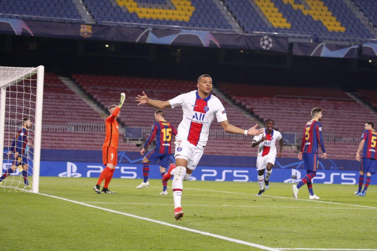 Mbappé se divierte en el Camp Nou: hat-trick contra el Barcelona y el mundo se rinde ante el jugador del PSG