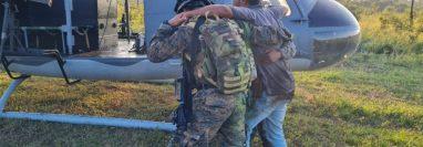 Dany Iván Guevara Donis, detenido luego del enfrentamiento entre Ejército y supuestos narcos en el Parque Nacional Laguna del Tigre, Petén. (Foto Prensa Libre: Ejército de Guatemala)