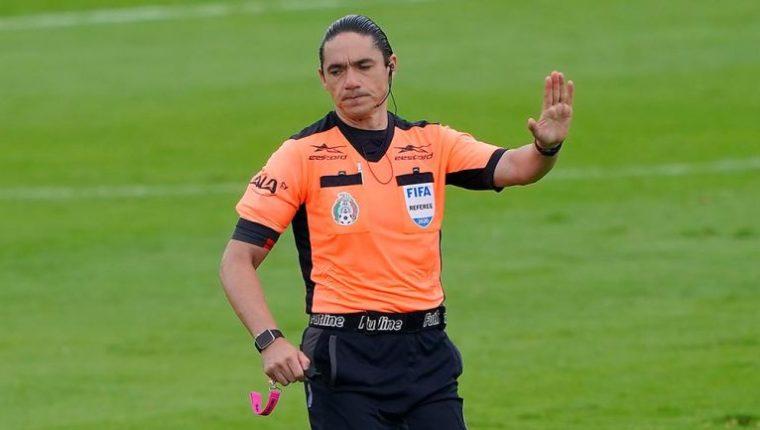 Óscar Macías fue protagonista en el partido de Cruz Azul frente a Toluca. (Foto Redes).