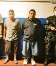 Tres de los cuatro pandilleros capturados en El Salvador por el ataque contra Médicos Sin Fronteras. (Foto Prensa Libre: PNC de El Salvador)